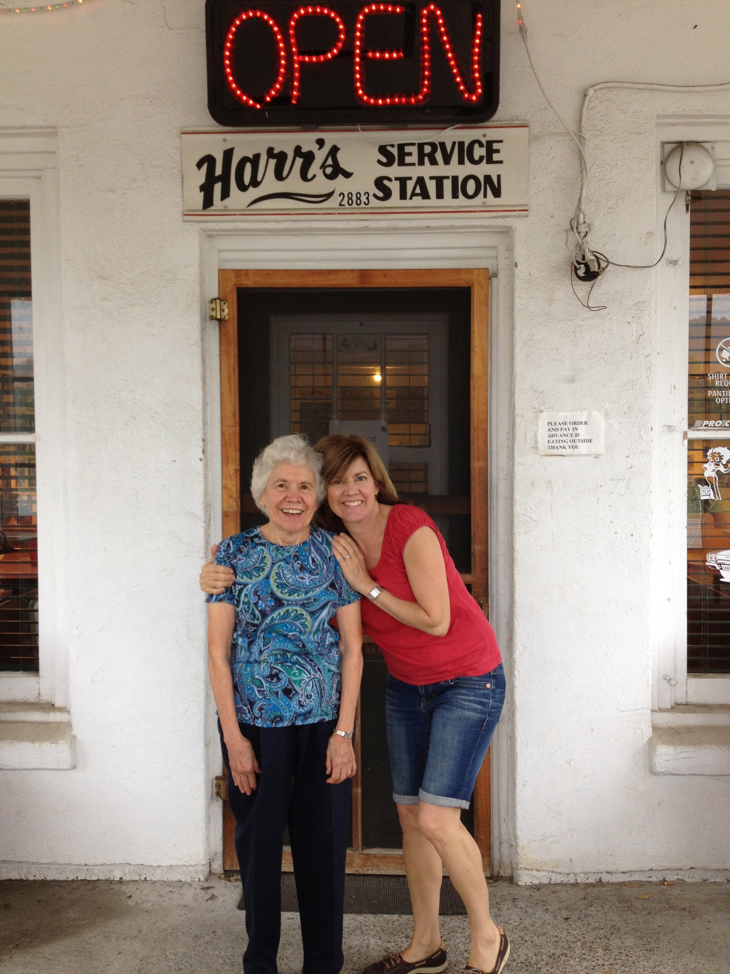 Me and my mom. - Amy Larson, Health Coach - Wellness Works With Amy